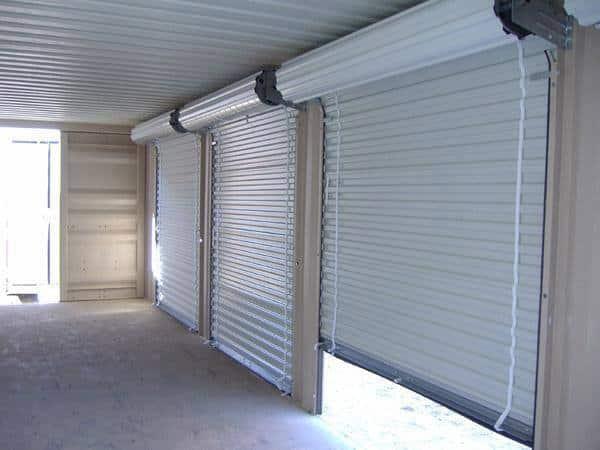 installation-des-rideaux-métalliques
